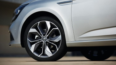 The higher spec trim levels bring buyers a choice of 17 or 18-inch alloy wheels.