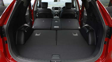Fold the middle row down and luggage volume increases to 1,615 litres