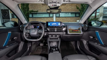 Citroen e-C4 hatchback interior