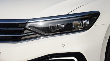 Volkswagen Passat GTE Estate headlight