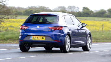 SEAT Leon FR driving - rear view