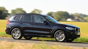 BMW X3 SUV side panning