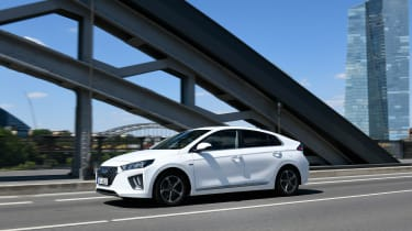 Hyundai Ioniq Plug-in Hybrid driving through city