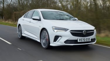 2021 Vauxhall Insignia - front 3/4 view dynamic