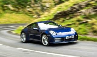 Porsche 911 coupe rear 3/4 tracking