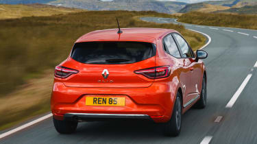 2019 Renault Clio - rear 3/4 dynamic view