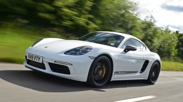 Porsche 718 Cayman coupe front 3/4 tracking