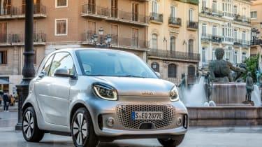 Smart EQ ForTwo hatchback front 3/4 static square