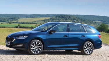 2020 Skoda Octavia Estate - front 3/4 static