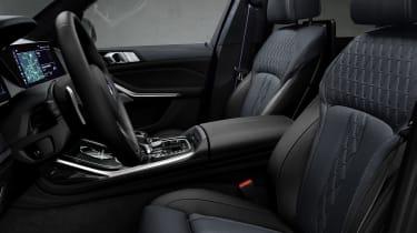BMW X7 Dark Shadow Edition seats