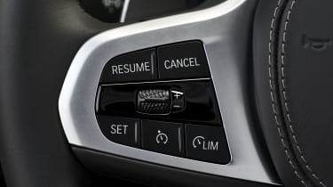 BMW 8 Series steering wheel buttons