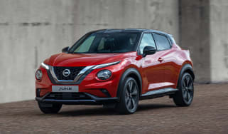 New Nissan Juke - front 3/4 view dynamic