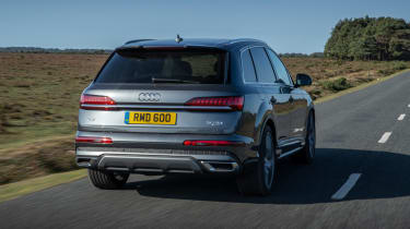 Audi Q7 SUV rear 3/4 tracking