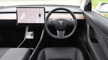 Tesla Model 3 Long Range saloon dashboard