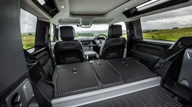 2020 Land Rover Defender 90 - boot space seats folded