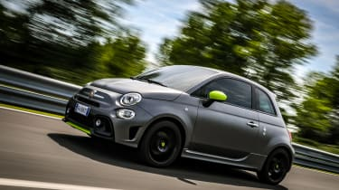 Abarth 595 Pista - side profile dynamic