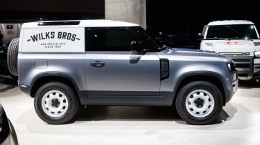 2020 Land Rover Defender 90 Hard Top - side view static
