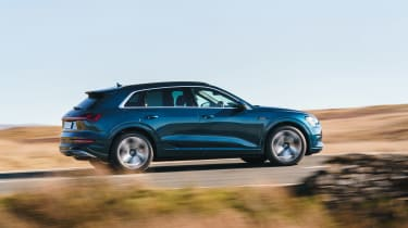 Audi e-tron SUV side action