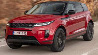 Range Rover Evoque 2019 front quarter tracking