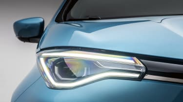 New Renault ZOE - front headlight close up