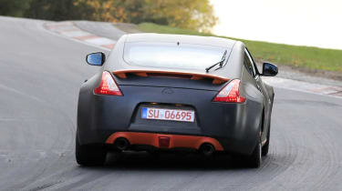 Nissan 370Z mule rear end