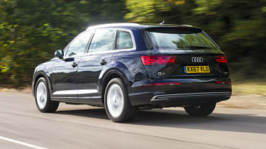 Audi Q7 e-tron - rear 3/4 view