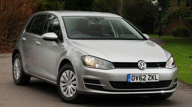 Volkswagen Golf MkVII 2013 front quarter