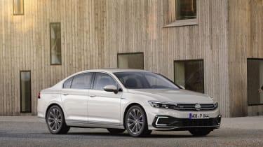 2019 Volkswagen Passat GLE static