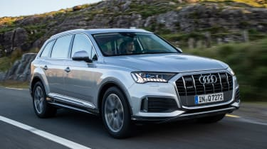 Audi Q7 SUV front 3/4 tracking