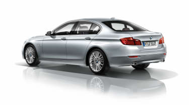 BMW 5 Series 2013 saloon rear quarter