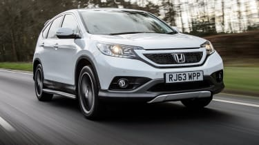 Honda CR-V SUV 2014 White Edition front tracking