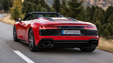 2020 Audi R8 RWD Spyder - rear 3/4 dynamic view
