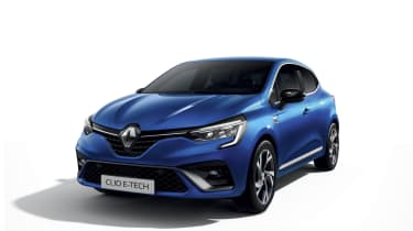 2020 Renault Clio E-Tech - Front 3/4 view