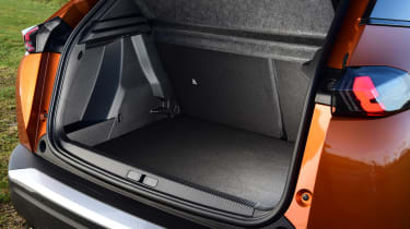 Peugeot 2008 SUV boots