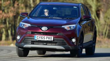 Toyota RAV4 - front dynamic