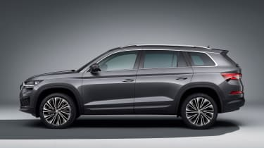 2021 Skoda Kodiaq - side on view