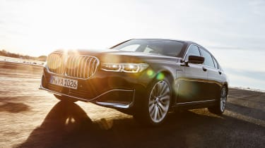 BMW 745e hybrid saloon front action