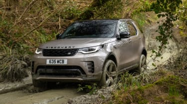 Land Rover Discovery SUV front off-roading