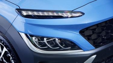 2020 Hyundai Kona - Front headlight, bumper and daytime running light