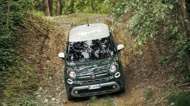 Relatively compact dimensions mean the 500L never feels too bulky in either the Jungle or the Urban Jungle