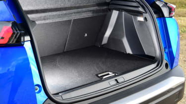 Peugeot e-2008 SUV boot