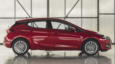 Vauxhall Astra hatchback side static
