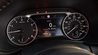 Nissan Juke SUV instruments