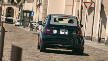 Fiat 500 electric rear action