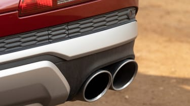 Audi SQ7 SUV tailpipes