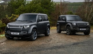 Land Rover Defender V8s