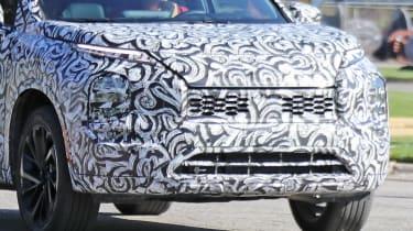 2020 Mitsubishi Outlander - Front end zoom