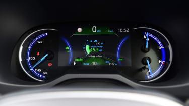 Toyota RAV4 Dynamic - dial cluster
