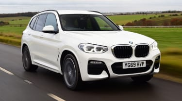 BMW X3 - front 3/4 passing