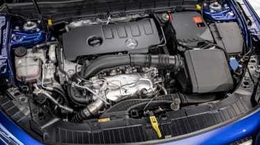 2019 Mercedes GLB - engine bay